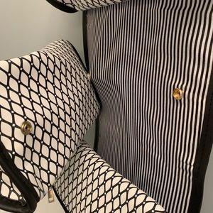 Bags - Bathroom/ makeup travel bag!